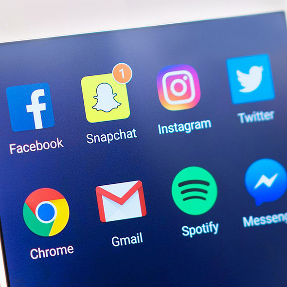 Facebook Messenger? Instagram Stories? SnapMap? What Are They And How Can I Use Them?.jpg